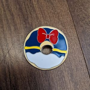 Disney Donald Duck Donut Pin